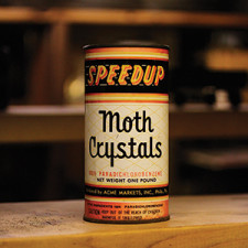 Moth_Can_th