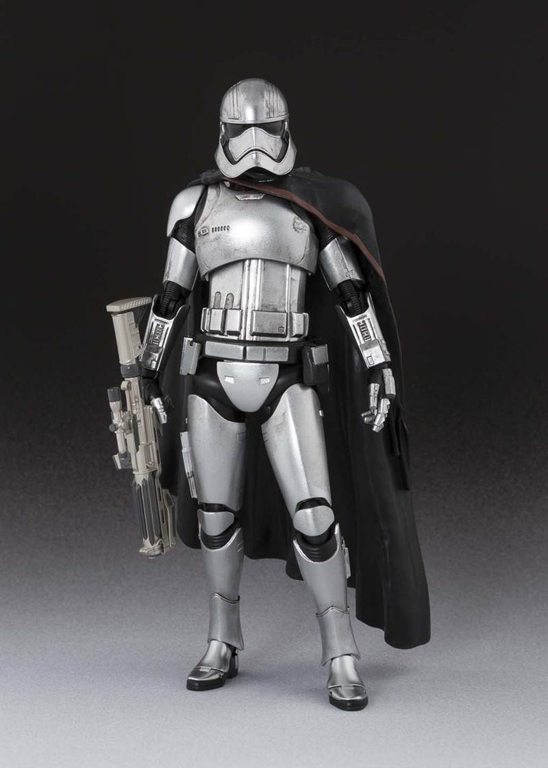 captain_phasma_2