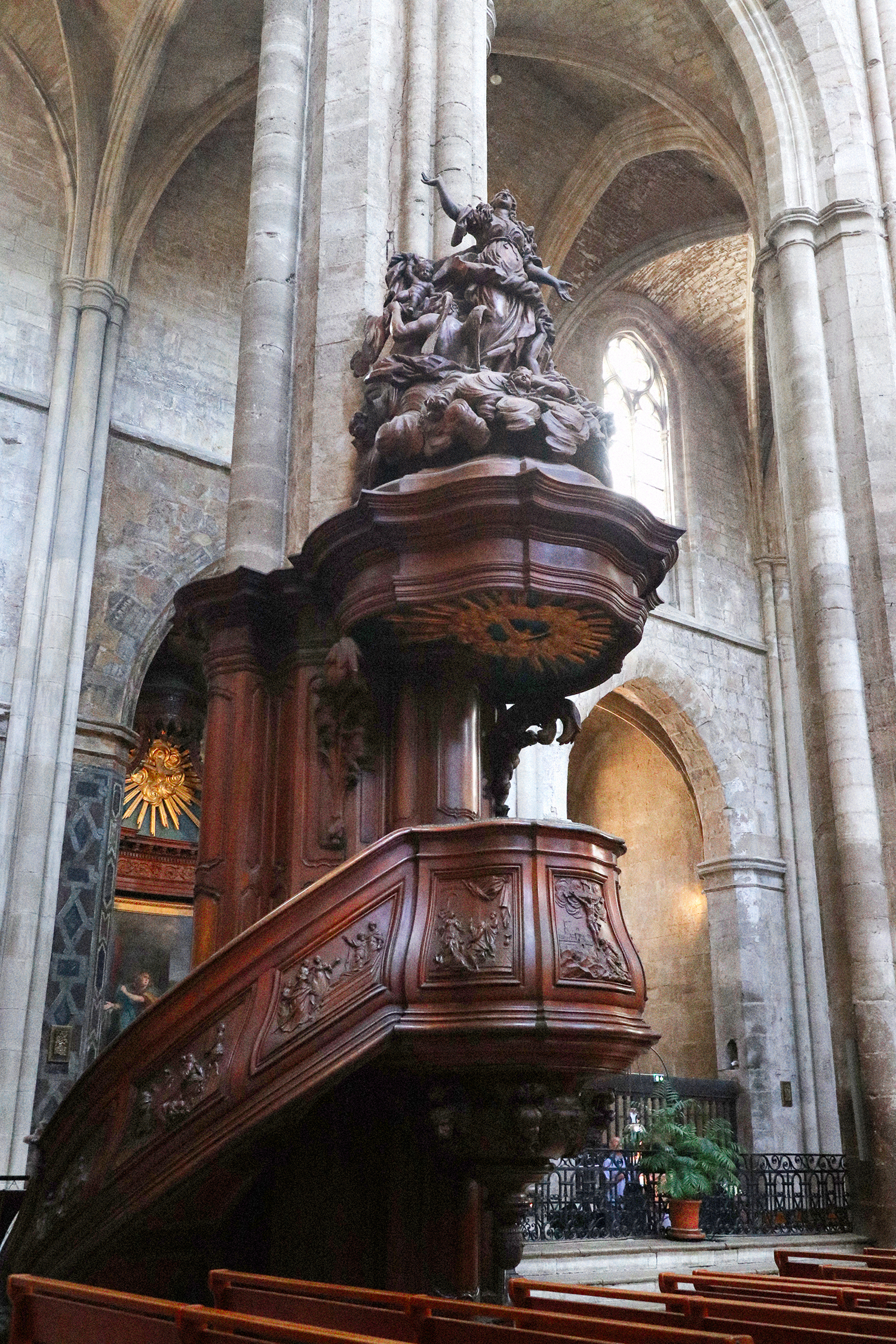 Shepelavy_Paris_Pulpit_Mary_Magdaline